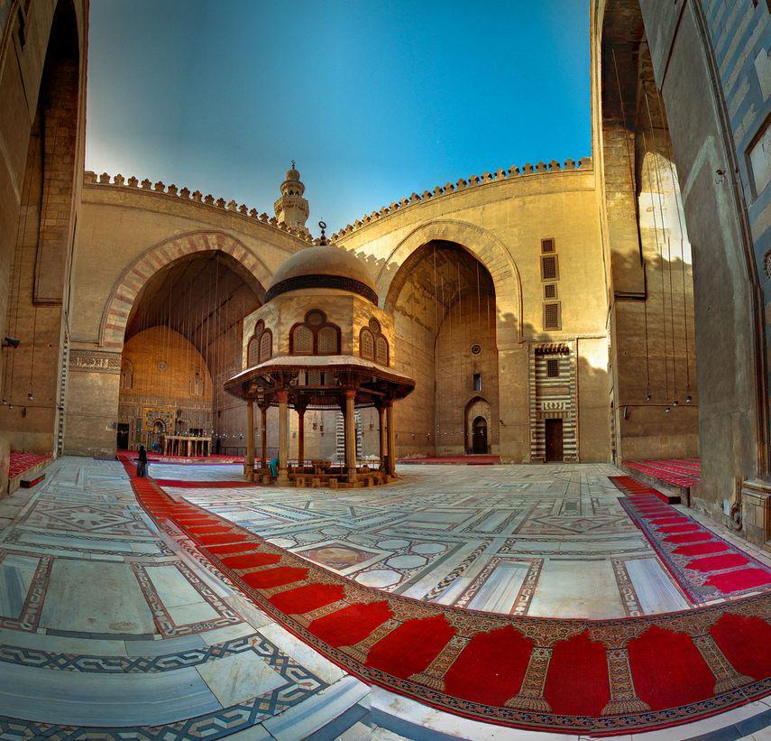 نتيجة بحث الصور عن مسجد السلطان حسن
